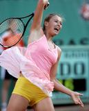 http://img144.imagevenue.com/loc190/th_66241_Maria_Sharapova_01.jpg