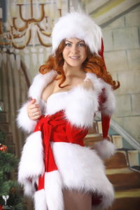 http://img144.imagevenue.com/loc346/th_531595373_silver_angels_Sandrinya_I_Christmas_1_097_123_346lo.jpg