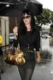 Katy Perry - Страница 4 Th_67019_celebrity-paradise.com-The_Elder-Katy_Perry_2010-01-20_-_leaving_Cravings_restaurant_6371_122_494lo