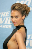 th 95011 Jessica Alba MTV awards splashnews 122 781lo Jessica Alba is the new face for Revlon cosmetics