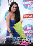 http://img144.imagevenue.com/loc87/th_78241_JoJo_2010_Teen_Choice_Awards_021_122_87lo.jpg