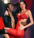 Айда Йеспица, фото 127. Aida Yespica - cleavage in red dress, foto 127